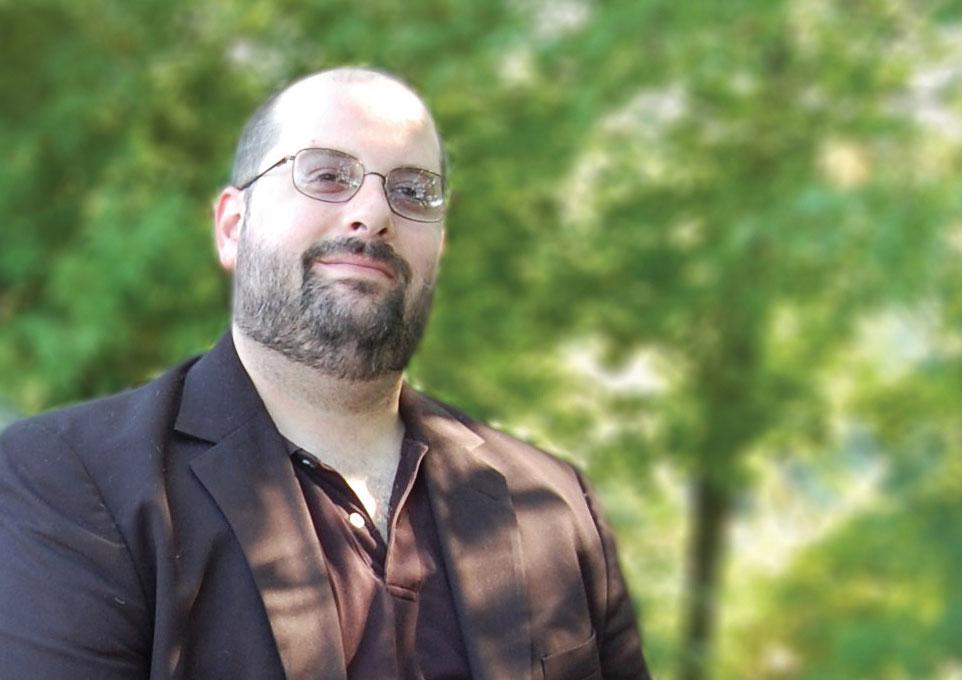 Joel Gausten, Editorial Director